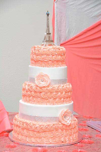 Hermoso pasteles de Quinceañera